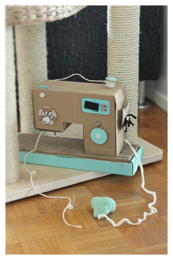Scratch sewing machine